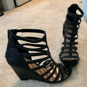 Express - Black Gladiator Wedges